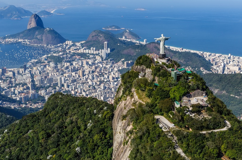 christ the redeemer - 10 World Famous Statues